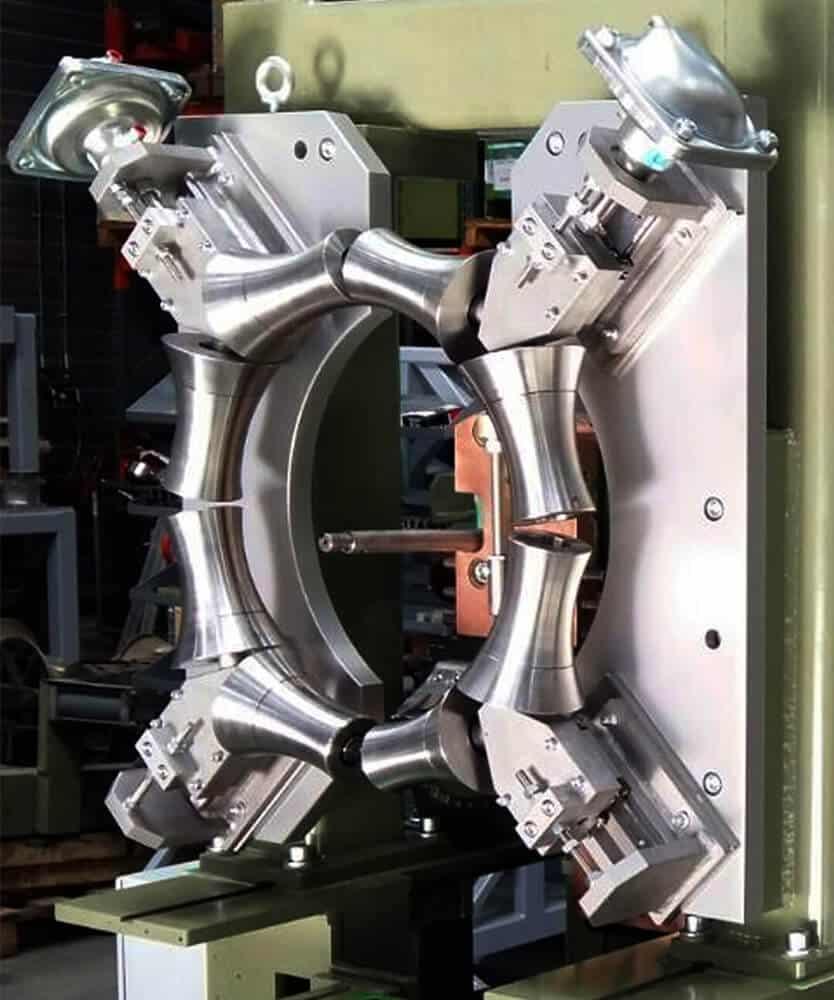 Repair hourglass drum welding machine