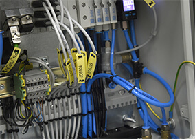 Elektrical /pneumatic cabinet